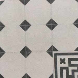 crespo border tile