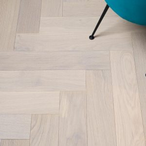 Porcelanosa Natural Wood